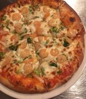 Pizza con Gamberetto i Brocoli