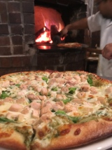 Pizza al Pesto con Pollo